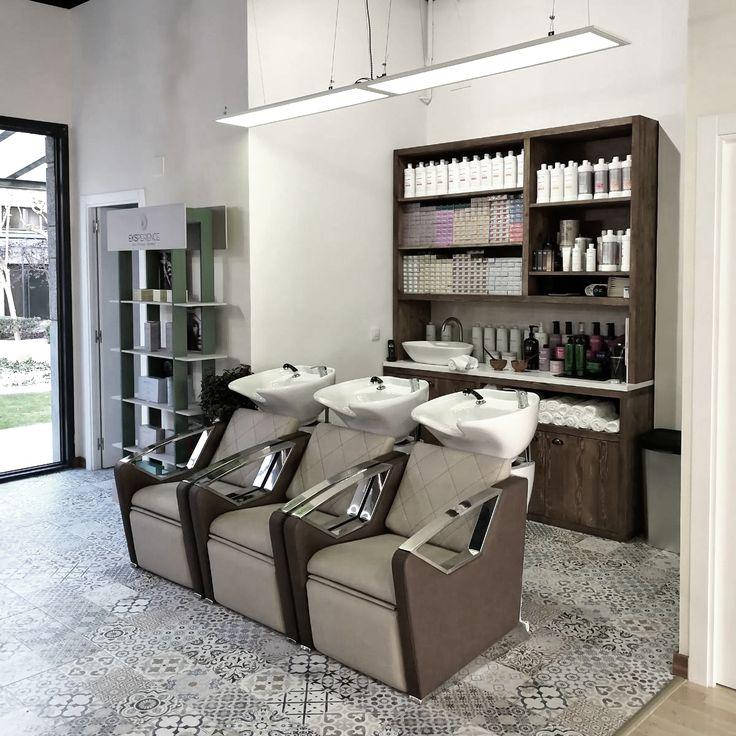 Mueble para productos peluquería #mueblespeluqueria