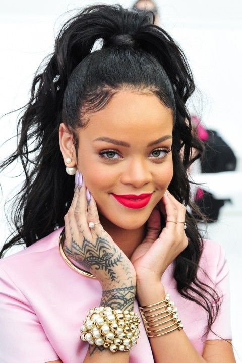 rihanna lipstick colour