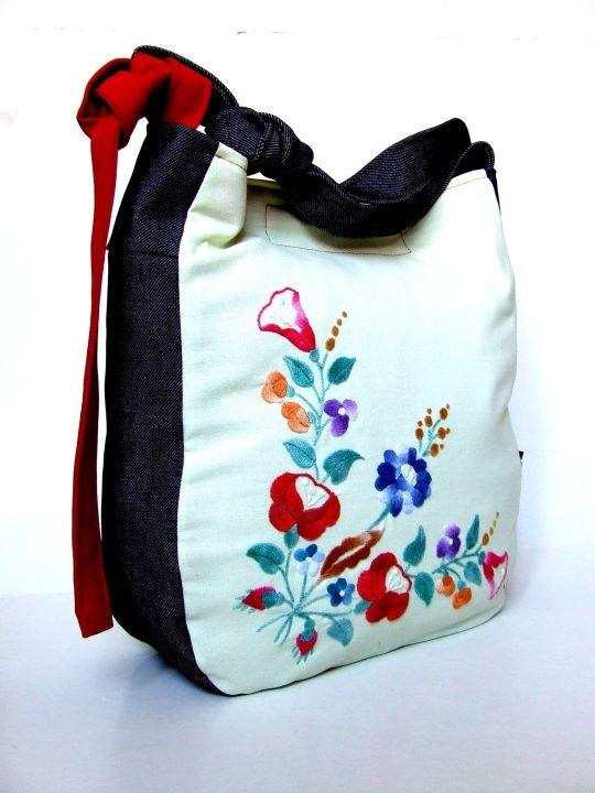 Handbag by Pistolpete
