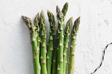 How to How to Ten secrets of asparagus - how_to - All you need to know about this fresh spring favourite – tasty, tender asparagus.