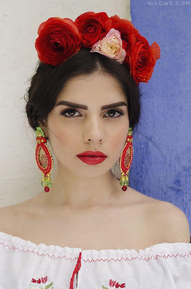Model: Nenadov Nenna Photo: Spiridon A. Nicoleta Earrings: Alina Emandi Make-up : Ana Preda
