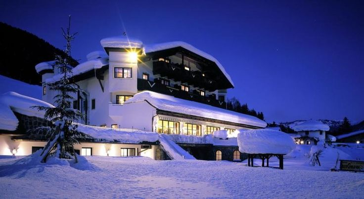 Gasteiger Jagdschlössl Kirchdorf Gasteiger Jagdschlössl offers a romantic ambience and beautiful views of the Wilder Kaiser and Kitzbühel Alps.  Here you will find rustically furnished rooms and studios equipped with all modern amenities.