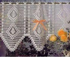Imagini pentru cortinas tejidas de colores en ganchillo