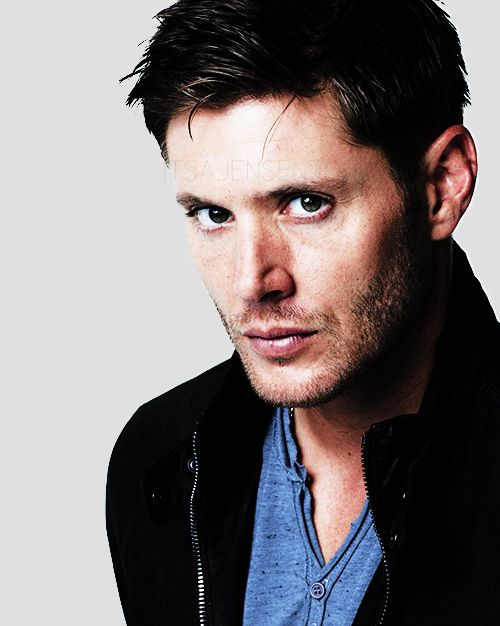 More... *fights to breathe* Season 9 promo shots... Jensen... somebody call 911...