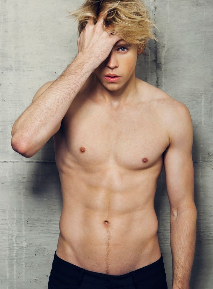 Chord Overstreet as Xander Carrow | Matched Trilogy - Eşleşme
