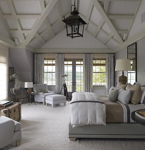 ahhh looks so relaxing.: Dreams Bedrooms, Decor Ideas, Dreams Houses, Beds Rooms, Ceilings Lights, Carousels Hors, High Ceilings, Master Bedrooms, Bedrooms Ideas