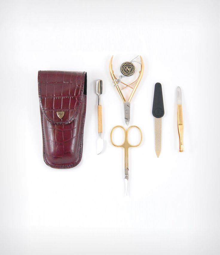 Travel manicure set - take your DIY manicure kit with you