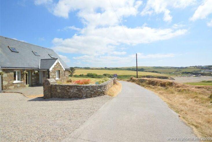 Oakcrest Cottage Inch Beach Whitegate Coastal Homes Coastal Property Ireland Luxury Holiday Houses In Irelan Houses In Ireland Coastal Homes Holiday Home