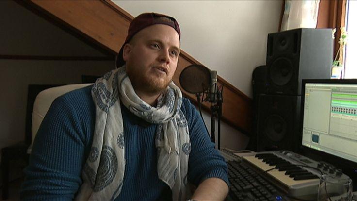 Fredrik Aukre, alias Freddy Kalas, har lagd vinterens store afterski-hit.