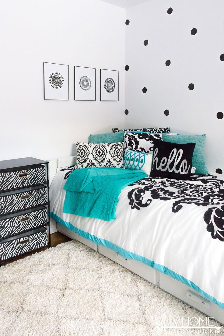 Black and white and teal bedroom - Teal Black And White Girl S Bedroom Reveal With Bloggers Heart Habitat