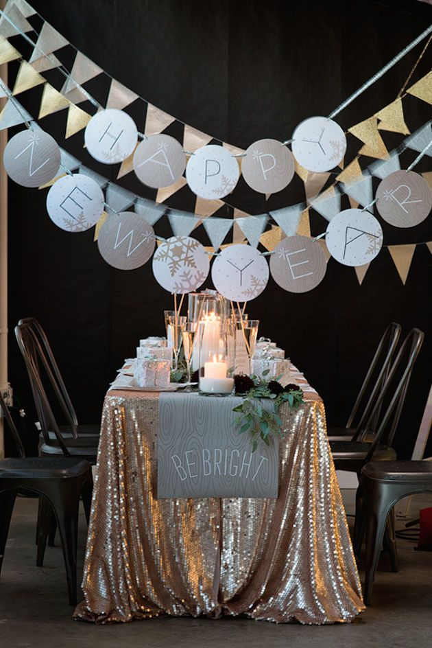 10 must haves for a new years eve wedding