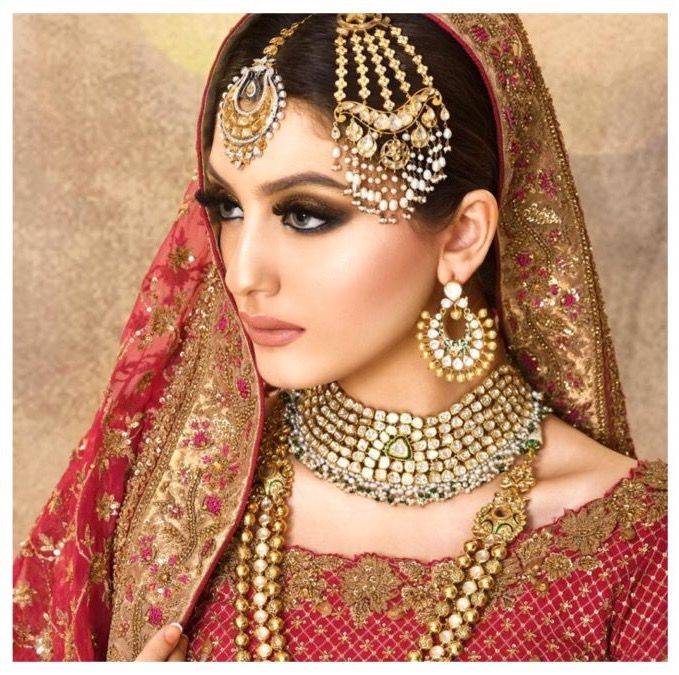 Ather Shahzad Studio In 2020 Beautiful Bridal Jewelry Bridal Hair Jewelry Winter Bridal Jewelry
