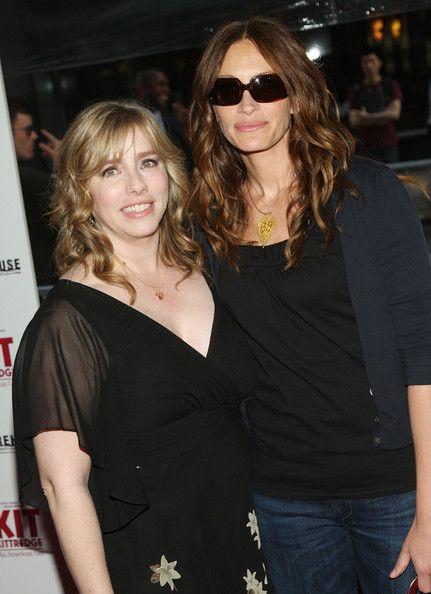 Julia Roberts and her sister Lisa Roberts Gillian