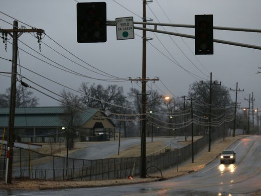 A traffic signal is out due to a power outage at Grant Ave u0026 Norton Rd SpringfieldMO Jan 2017 & 327 best SPRINGFIELD MISSOURI images on Pinterest | Springfield ... azcodes.com