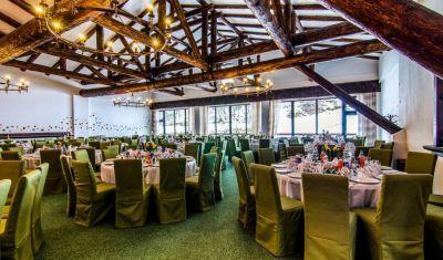 Revelion 2018 la Cheile Gradistei Resort Moeciu de 3 stele
