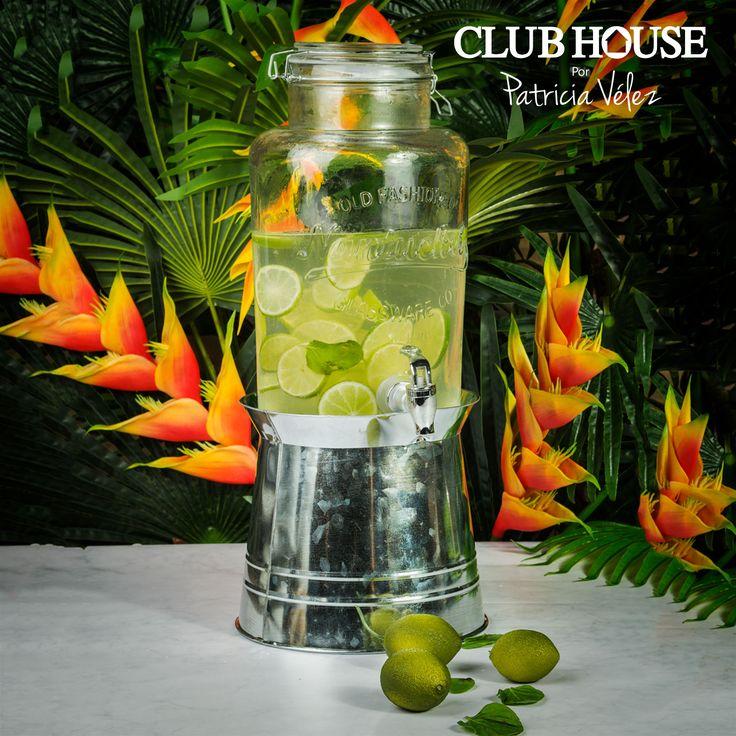 Sorprende a tus invitados con una deliciosa estación de bebidas