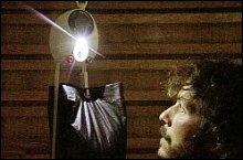 Das Gravity Light soll sauberes Licht in viele Hütten bringen.