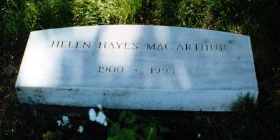 """Helen Hayes (1900 - 1993) Popularly known as the """"First Lady of the American Theater"""", in addition to appearing on Broadway she appeared in """"Airport"""" and other movies and in the TV series """"The Snoop Sisters"""""""
