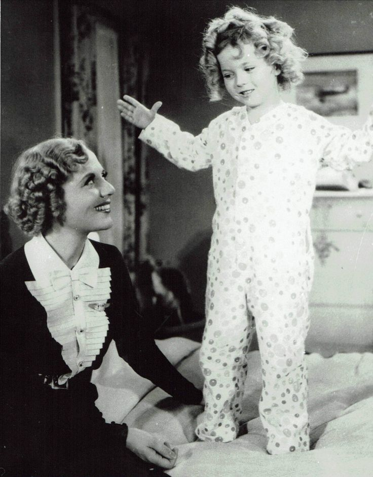 Shirley Temple and Lois Wilson,Bright Eyes,1934.