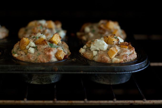 PUMPKIN & FETA MUFFINS - pumpkin, feta, there's even spinach and sunflower seeds in there! Easily adaptable to gluten free with a tried-and-true Gluten Free AP Flour. I WANT TO MAKE/EAT THESE!!!