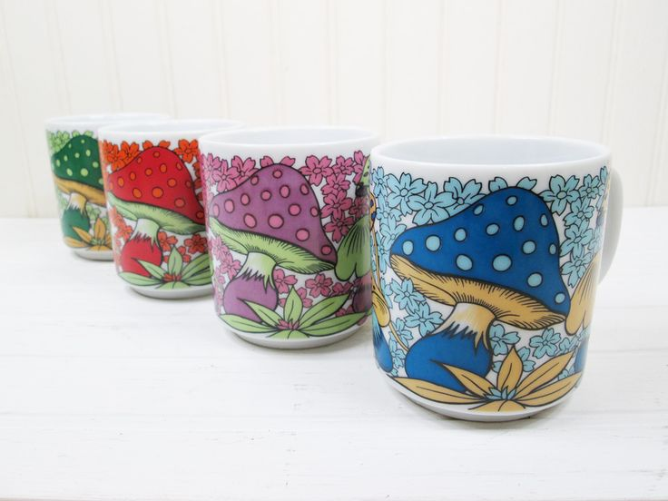 Vintage Mushroom Coffee Mugs Cups Set