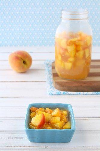 Homemade Peach Pie Filling | www.chocolatemoosey.com