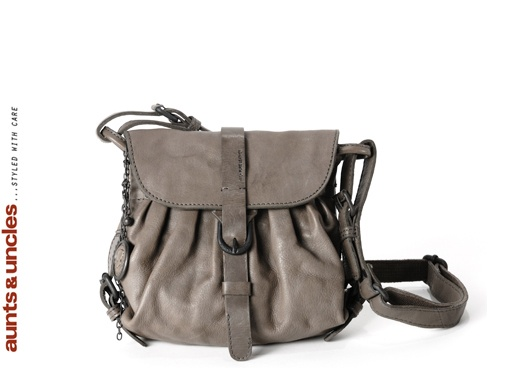 Aunts and Uncles bag in Ash Grey