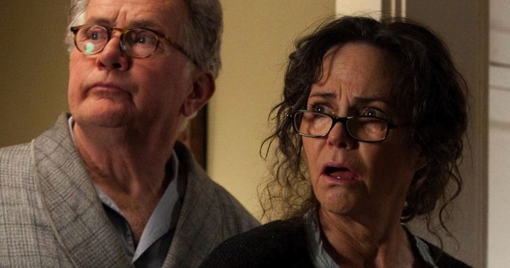 Sally Field Hated Playing Aunt May in 'Amazing Spider-Man' -- Sally Field opens up about playing Aunt May in 'The Amazing Spider-Man', revealing that she didn't especially like the movie and its sequel. -- http://movieweb.com/amazing-spider-man-sally-field-aunt-may-howard-stern/