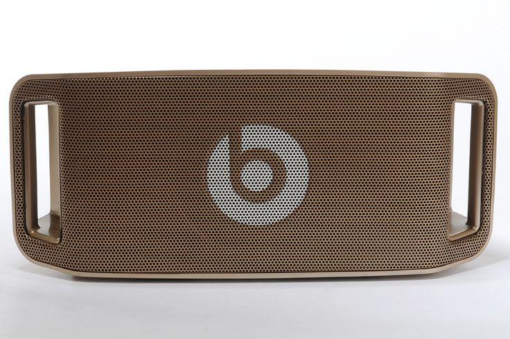 Beats by Dr. Dre Beatbox Portable Haut Parleur Sans Fil - Gold  Beats by Dr. Dre Beatbox Portable Haut Parleur Sans Fil - Gold: plus de 400 offres. Mobiles a prix bas!  €279.98  Jusqu'à -19%  Acheter maintenant: http://www.casque-pascher.fr/beats-by-dr-dre-beatbox-portable-haut-parleur-sans-fil-gold.html