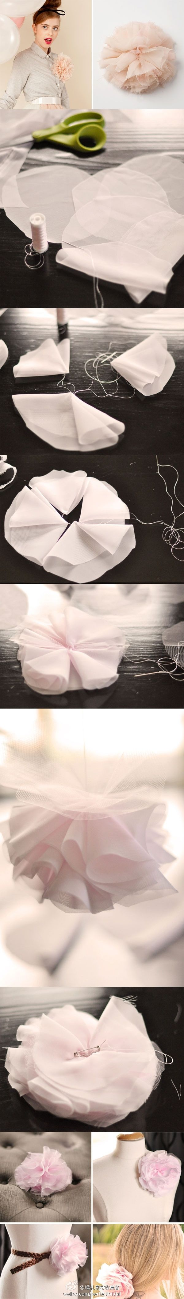DIY tul rosa flores - glue a clip on the back to use as brooch or hair clip!