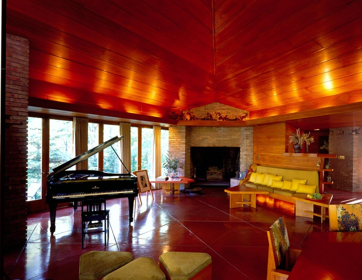 William And Mary Palmer House, Built In In Ann Arbor, Michigan, Was Designed  By Architect Frank Lloyd Wright In The Usonian Style.