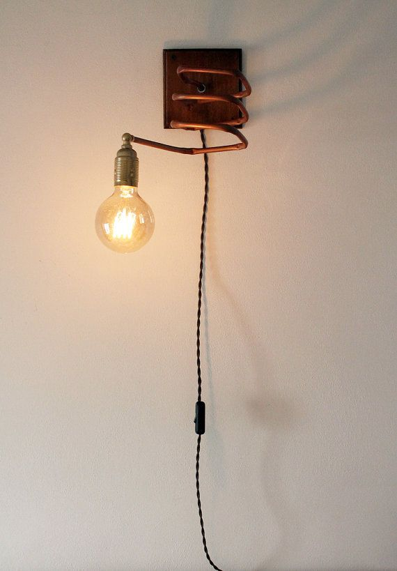 Wall lamp / applique copper and wood. Industrial by Ideesign