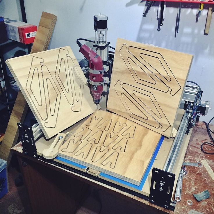Nuevos proyectos con la CNC New projects with with the CNC #woodworking #handmade #love #diy #picoftheday #sketchup #design #sketch #maker #carving #workhouse #sales #twelveskip #marketing #startup #buildcave #iphone #workinghard #instadaily #cnc #clamp #holddown #instagood #fun #xcarve #workstation #luxury by capitaldesignbogota