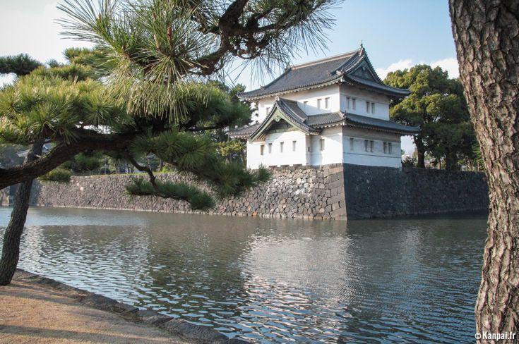 La découverte du Palais impérial de Tokyo s'avère probablement l'une des grandes raretés du voyageur au Japon. Son exploration la plus complète n'est en effet possible que sous certaines conditions bien précises....