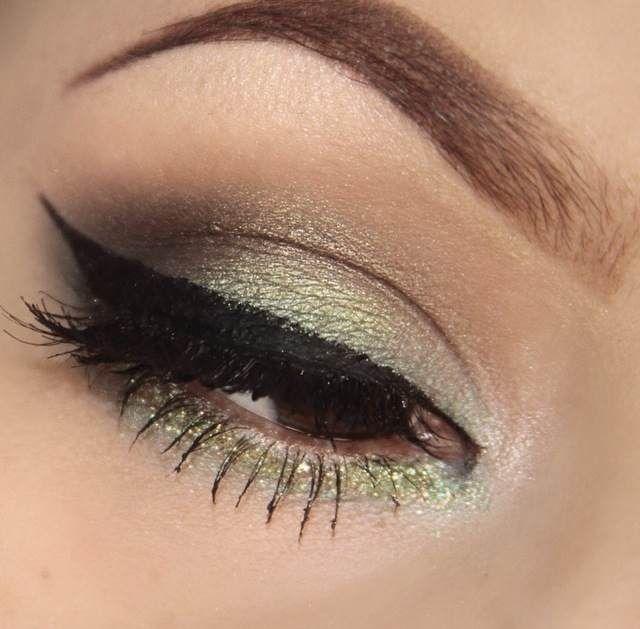 LA Colors Cosmetics. Green makeup
