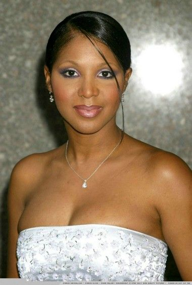Beautiful Toni Braxton...also a fellow lupus sufferer..she is amazing