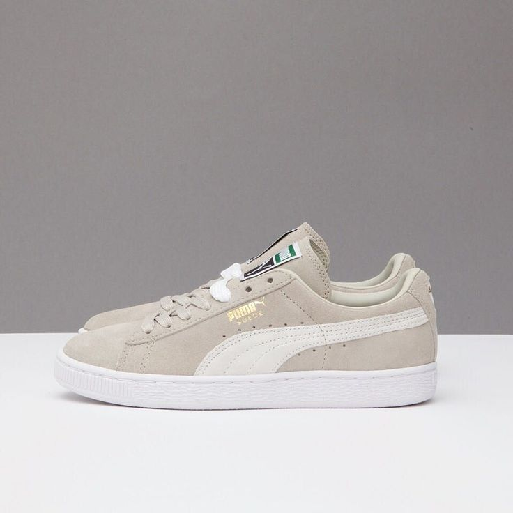The Suede Classic  by Puma  now available in beige at Stormfashion.dk and in-store #puma #pumasuedeclassic #stormcopenhagen
