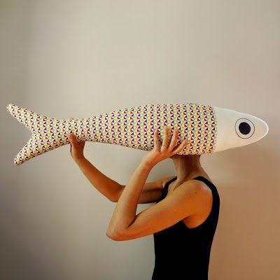 cou.cou.ja - decorazione da parete fish pillow in tessuto giapponese - dimensione 90 cm