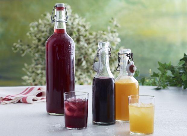 Brug sæsonens bær til at lave skønne friske sommerdrinks. Skal de hellere være med alkohol, kan du tilsætte 4 cl kvalitetsvodka til hver opskrift.