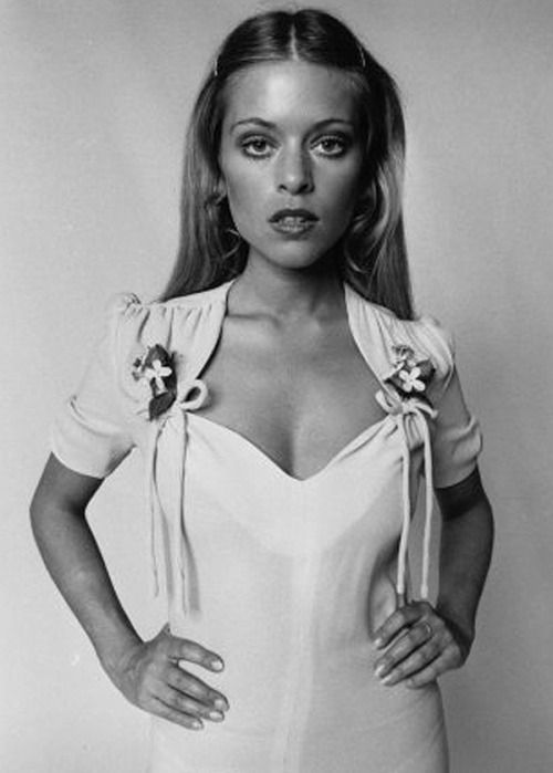 Edina Ronay wearing Ossie Clark, 1970.