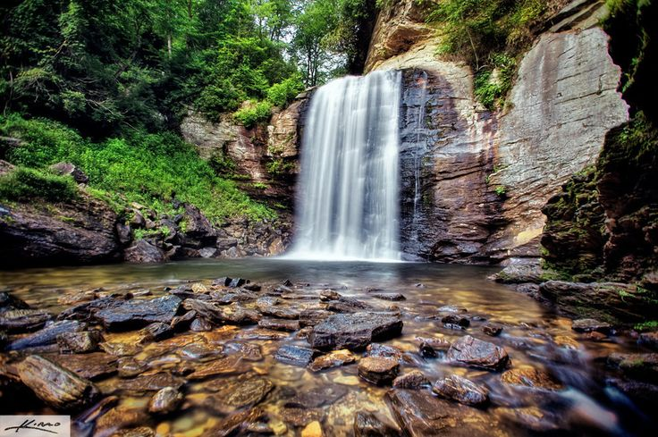 Looking Glass Falls – North Carolina | 21 Magical Places In The South You Need To Visit Before You Die