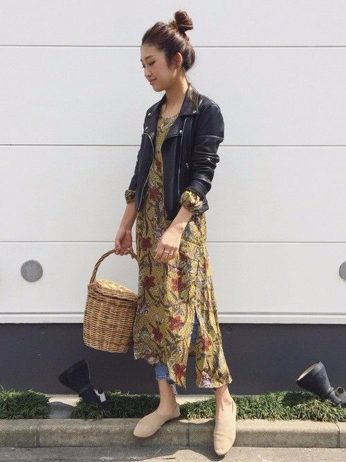 Latteの記事「膝丈・ロング丈の花柄ワンピース特集!大人女子に似合うワンピだけを厳選」。今話題のファッションやトレンド情報をご覧いただけます。ZOZOTOWNは人気ブランドのアイテムを公式に取扱うファッション通販サイトです。