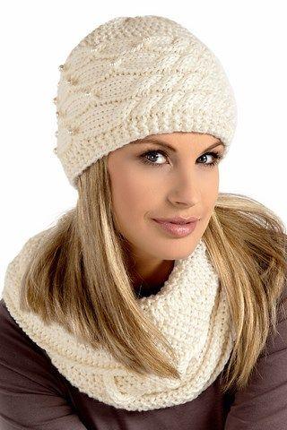 Modne czapki zimowe Alva