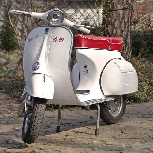 Vespa VBB 150cc, 1967 | Cult Cars