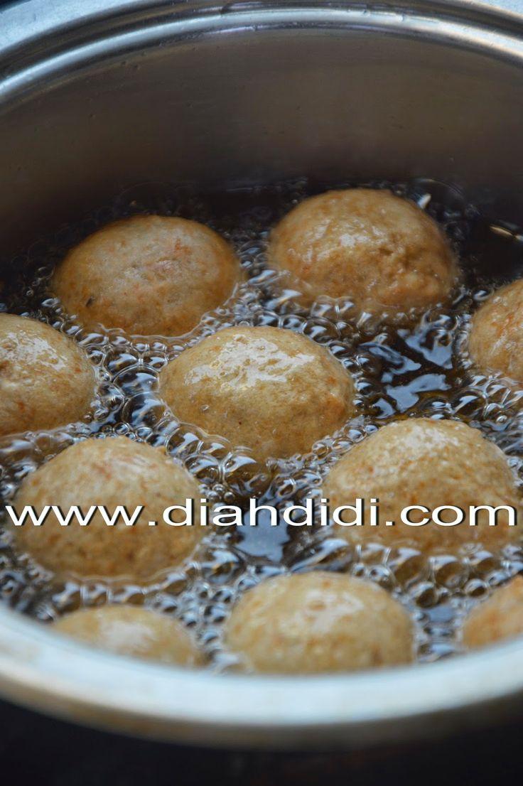 Diah Didi's Kitchen: Bakso Goreng Campur Campur