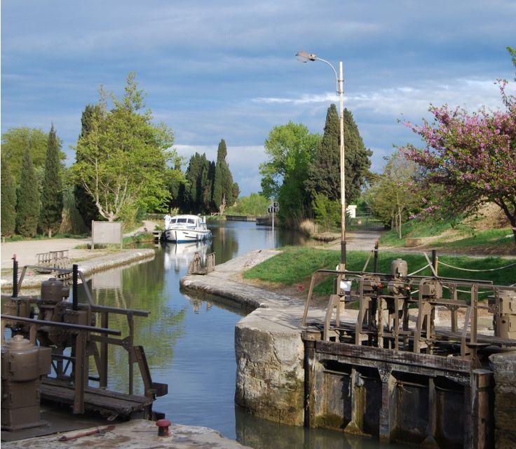 Barging, Canal du Midi, France