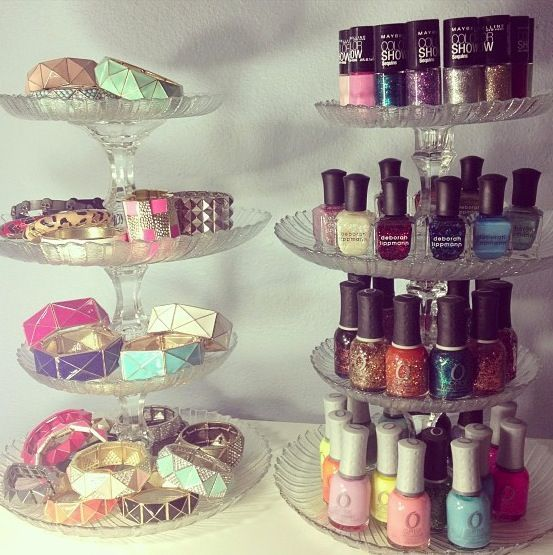 DIY Home Decor Dollar Store - LOVE the nail polish idea! I need a better way to see all my colors! Need this for Sheridan!!!