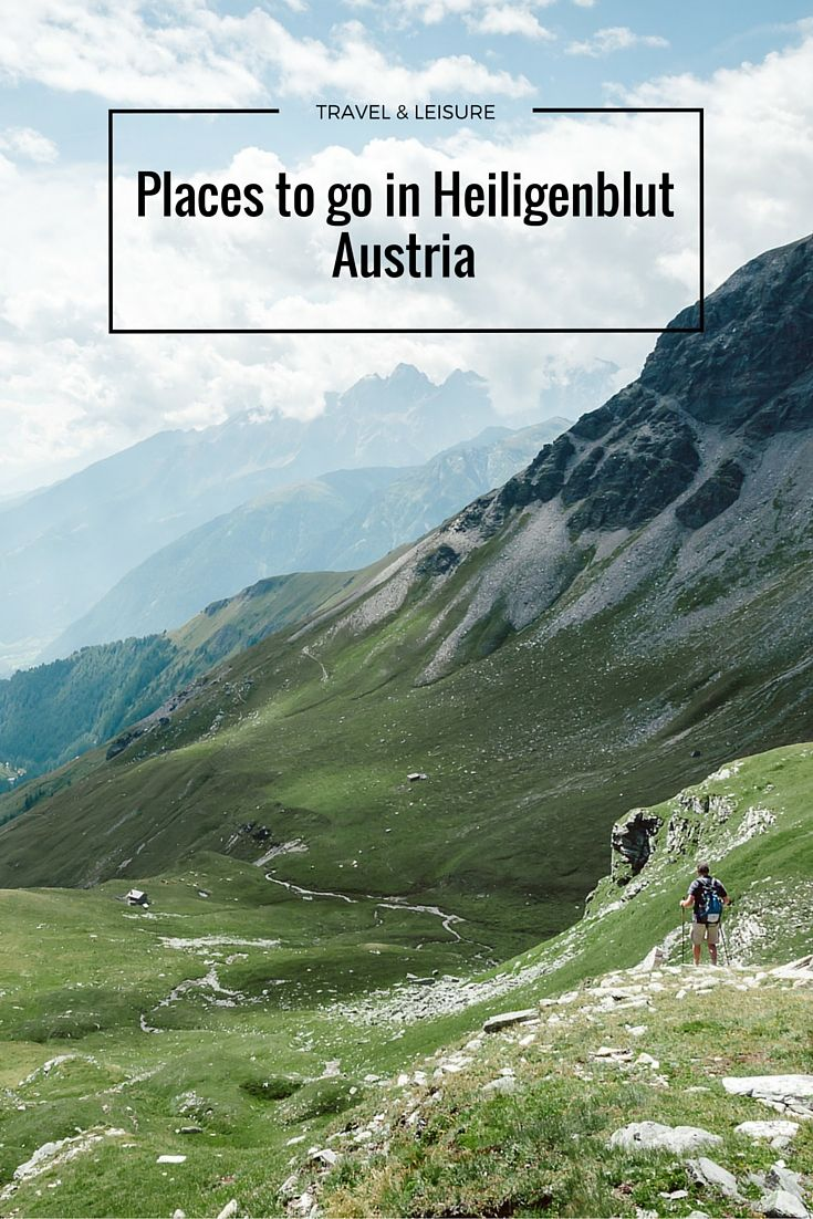 Hiking in Austria. Check more places to go in Heiligenblut, Carinthia in our blogpost!