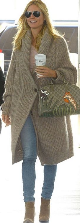 Who made Heidi Klum's tan cardigan sweater and jungle print handbag?