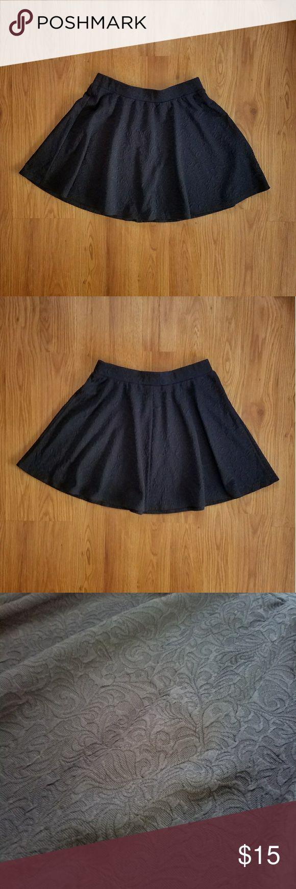 "NWOT Joe B floral textured black circle skirt Textured floral fabric design. Elastic waistband. Measurements are 26"" waist, 16"" length. Joe B Skirts"